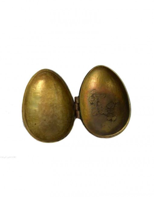 Antique-Beautifully-Hand-Craved-Cock-On-Egg-Shape-Brass-Box.jpg-2