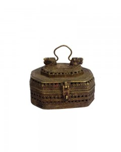 Antique-Figural-Old-Hand-Crafted-Jali-Cutting-Brass-Jewellery-Box