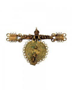 Antique-Rare-hand-carved-Shiva-linga,-Nandi-Figure-brass-tribal-Jewellery
