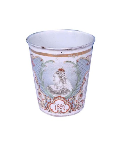 Extreme-Rare-British-Enamel-Glass-With-Dated-Queen-Photos-&-Monogram---a