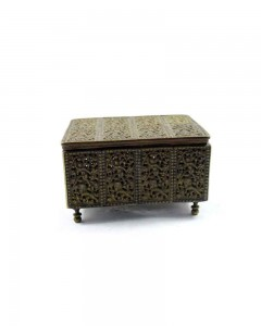 Great-Old-Antique-Old-Beautiful-Brass-Jewelry-Trinket-Box-Collectible.jpg-----c