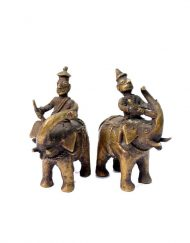 Pair-of-Vintage-Handcrafted-Beautiful-elephant-with-warrior-rider-figures-G7-703
