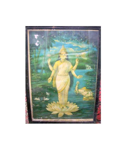 Ravi-Verma-Goddess-Laxmi-Maa-Litho-Print-Wooden-Frame-Highly-Collectible