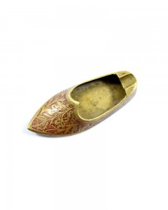 Vintage-Beautiful-Hand-Crafted-Brass-Shoe-Shape-Ash-Tray