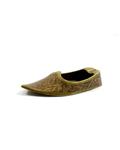 Vintage-Beautiful-Hand-Crafted-Brass-Shoe-Shape-Ash-Tray.jpg----c