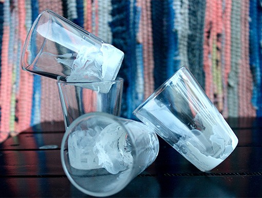 MARBLED SHOT GLASSES (2)